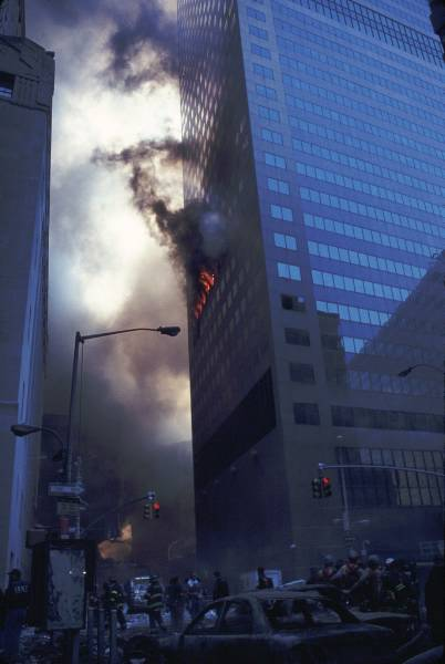 wtc7_incendi1